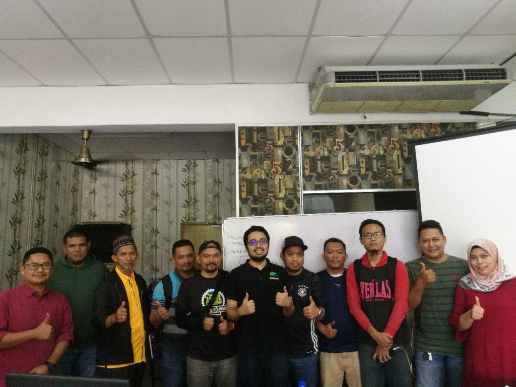 peserta kelas saham supertrader